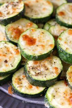 6 Ultimate Zucchini recipes that are crazy-delicious. The best zucchini recipes that taste super-delicious and are healthy. Zucchini Rounds, Zucchini Banana Bread, Bake Zucchini, Grilled Zucchini, Baked Squash And Zucchini Recipes, Stuffed Zucchini, Zucchini Boats, Simple Zucchini Recipes, Baked Zucchini Parmesan