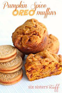 Pumpkin Spice Oreo Muffins