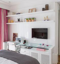 Teen Bedroom Designs, Room Design Bedroom, Bedroom Layouts, Room Ideas Bedroom, Home Room Design, Home Design Decor, Home Decor Bedroom, Study Room Decor, Minimalist Room