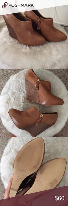 Zara Wedge Booties 👢🍁🍂 Zara Wedge Booties 👢🍁🍂, Sz 38, Beautiful Cognac Color, 4 inch Wood Block Heel, zip up on inner side, Unworn, Beautiful with tights and skirt for fall, Adds extra height for flare jeans ❤️👢 Zara Shoes Heeled Boots