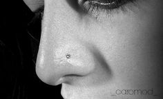 piercing nostril by caromod