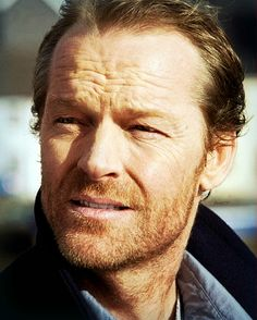 iain glen downton abbey