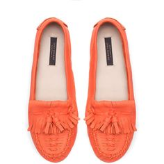 Zara Soft Moccasin (2.685 RUB) ❤ liked on Polyvore featuring shoes, loafers, flats, coral, zara flats, zara footwear, loafers & moccasins, flat heel shoes and flat shoes