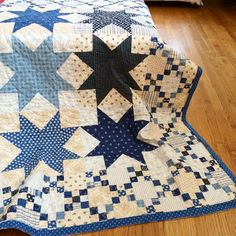 Minick & Simpson: Nantucket done in blues.  Love both the blue and red versions.  Need to get at least one of them made!