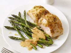 Mahi Mahi With Asparagus and Almond Sauce from #FNMag #myplate #protein #veggies