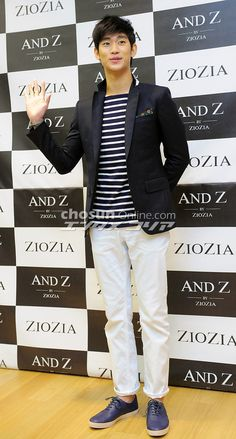 Kim Soo Hyun @ #김수현 ZioZia Fan Meeting Event last March 22, 2013