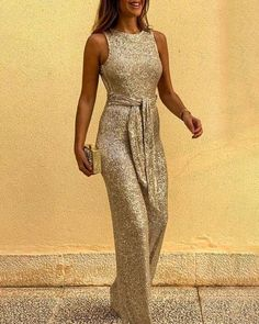 Glitter Round Neck Sleeveless Backless Sequins Jumpsuits – Prilly jumpsuit outfit jumpsuits casual jumpsuits for women jumpsuits and romper summer romper cute rompers Plus Size Jumpsuit, Jumpsuit With Sleeves, Trend Fashion, Look Fashion, Latest Fashion, Cheap Fashion, Winter Fashion, Sequin Jumpsuit, Bodycon Dress