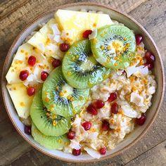 Sweet oat bowl