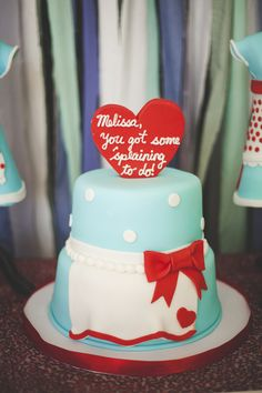 A Kitschy-Cute 50s Housewife Bridal Shower | Ultimate Bridesmaid | Lovely Bee Creative. I Love Lucy themed cake
