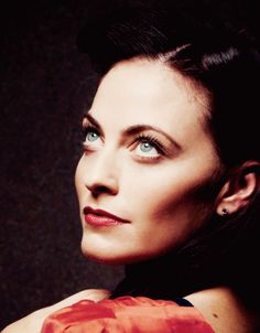 Lara Pulver- my bi-side definitely likes this woman. In a funny-feeling-in-my-panties way
