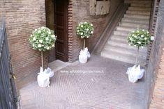 matrimonio decorazioni fuori la chiesa - C
