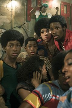 Netflix has canceled Baz Luhrmann's The Get Down after only one season according to Deadline. The show had been received favorably by viewers. However, as one of Netflix's most costly . The Get Down Cast, The Get Down Netflix, New Netflix, Netflix Series, Tv Series, Netflix Cast, Jaden Smith, Hip Hop, Baz Luhrmann