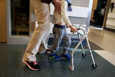 Enterovirus 68 May Be Linked to Paralysis in Children, Study Says - NYTimes.com