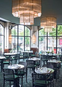 today we're headed to la brasserie barbès, an industrial chic bar & restaurant located in the arrondissement in the marvelous district of Montmartre. Restaurants In Paris, French Restaurants, Deco Restaurant, Luxury Restaurant, Restaurant Design, Modern Restaurant, Restaurant Interiors, Cafe Interior, Best Interior Design