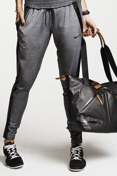 Train in style. Keep cool and confident during your workout. The Skinny Cool Touch Pant. #nike