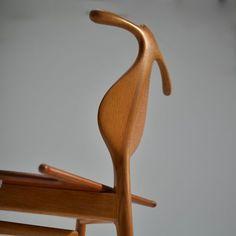 "Original and Rare Hans Wegner ""Valet"" Chair for Johannes Hansen, Denmark, 1953 For Sale at Hans Wegner, Mid Century House, Denmark, Home Furnishings, Furniture Design, Woodworking, Sculpture, The Originals, Chairs"