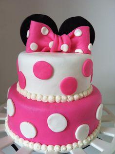 Cute Minnie Mouse cake.