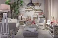 Villa Coloniale salon w  stylu marynistycznym / living room in marine style