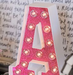 """""""A"""" letra inicial,  letra iluminadas con leds"""