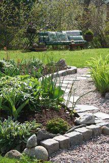 edg idea, ball, kid play, yard idea, stone paths, kid garden, garden paths, garden idea, cobblestone garden edging