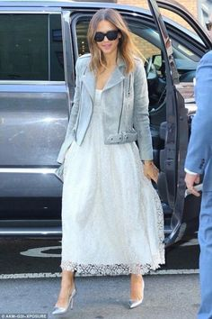 Jessica Alba wearing Manolo Blahnik BB Pumps in Silver, Lee Savage Infinite Space Clutch in Silver and Brock Collection Spring 2016 #manoloblahnik2016
