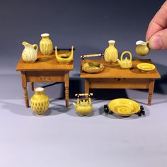 1:12 Scale Dolls House Miniature Set Of Four Different Coloured Jugs