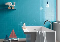 Cooperativa Ceramica Imola produces floor and wall coverings in porcelain stoneware suitable for both interior and exterior for residential and commercial Bathroom Wall, Bathroom Lighting, Bathroom Ideas, Bathroom Modern, Downstairs Bathroom, Brick Effect Tiles, Brick Tiles, Tiles Texture, Greige