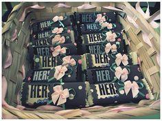 hershey bar baby shower favors | Hershey's bar for baby girl ...