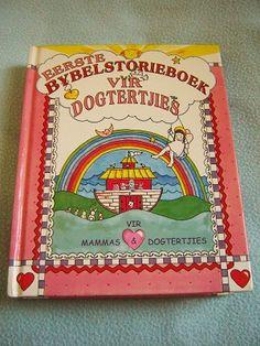 Afrikkans Language The Little Girls Bible Storybook for Mothers and Daughters / Eerste Bybelstorieboek Vir Dogtertjies Vir Mammas & Dogtertjies
