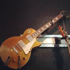Gibson Tom Murphy!  #gibson #gibsonguitars #guitar #guitars #goldtop #music Tom Murphy, Guitars For Sale, Gibson Guitars, Gold Top, Toms, Music Instruments, Musical Instruments