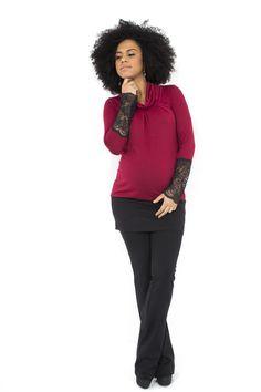 outfit premaman composto da maxi maglia con maniche in pizzo e pantaloni a zampa www.flayfashion.com