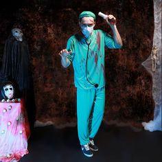 Adult Men's Scary Paramedic Zombie Halloween Costume