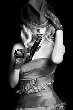 Foto Art, Dangerous Woman, Up Girl, Color Splash, Erotic, Pin Up, Sexy Women, Guns, Beautiful Women