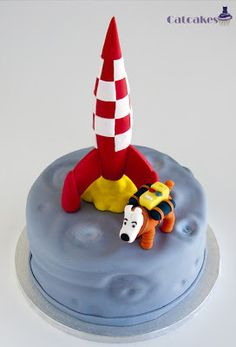 Catcakes - Repostería Creativa: Trabajos realizados • Tintin destination moon rocket cake • Tintin cake • Tintin gateaux