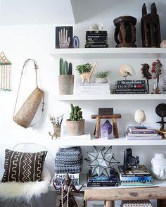 shelves -  @apartmentf15 #bohemiandecor #globaldecor