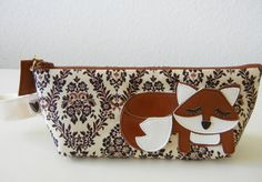Grayson the Fox Cream Tan Black Vintage Inspired Case. Starting at $15 on Tophatter.com!