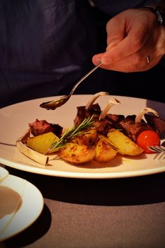 Friptura de berbecut Meat, Food, Essen, Meals, Yemek, Eten