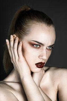 Photographer: Benedetta Boveri Model: Erica Vitulano