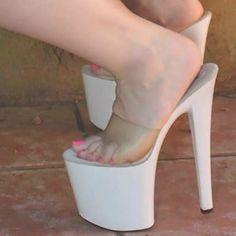 #platform #muleshoe #feet #feetporn #heels