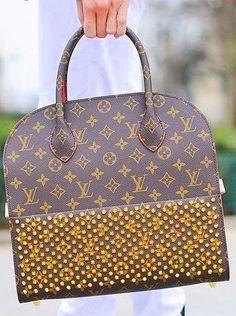 Louis Vuitton New Louis Vuitton Handbags, Louis Vuitton Speedy Bag, Purses And Handbags, Beautiful Handbags, Beautiful Bags, Louis Vuitton Collection, Purse Styles, Cute Purses, Handbag Accessories