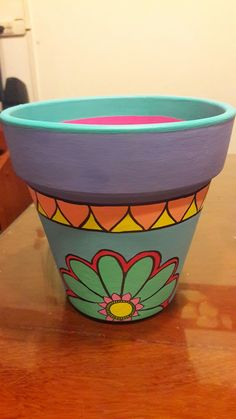 Painted Clay Pots, Painted Flower Pots, Pottery Painting, Diy Painting, Paint Garden Pots, Pots D'argile, Flower Pot Design, Mosaic Flower Pots, Clay Pot Crafts