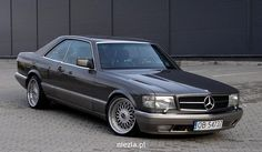 Mercedes 560 SEC - My list of the best classic cars Mercedes W126, Mercedes Auto, Mercedes G Wagon, Old Mercedes, Classic Mercedes, Lux Cars, Old School Cars, Best Classic Cars, Cool Cars