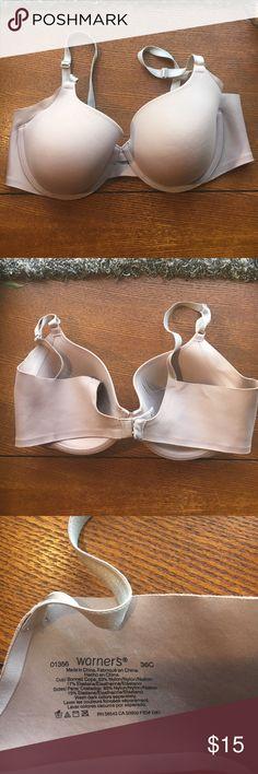 Warners beige Bra NWOT Warners bra has extra fabric on cup to hide under arm bulge.  Perfect T-shirt bra.  Adjustable straps. Intimates & Sleepwear Bras