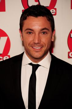 Gino D'Acampo Photos - Gino D'Acampo arrives at the TV Choice Awards 2010 at The Dorchester on September 2010 in London, England. Gino D'acampo, Film Man, Handsome Celebrities, Festival Hall, Marriage Material, Its A Mans World, Lucky Ladies, Good Looking Men, Gorgeous Men