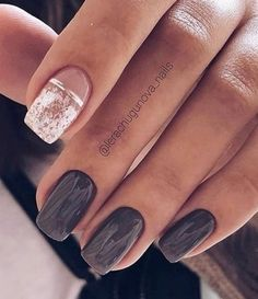 Elegant navy blue nail colors and designs for a Super Elegant Look - Wedding hairstyles Wedding makeup Nail Art Designs Navy Blue Nails, Gold Nails, Wedding Nails, Wedding Makeup, Hand Lettering Fonts, Silver Roses, Little Things, Nail Colors, Nail Art Designs
