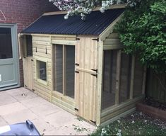 The place to find large hutches and housing for your rabbits - The Big Rabbit Hutch Bunny Sheds, Rabbit Shed, House Rabbit, Pet Rabbit, Rabbit Farm, Bunny Cages, Rabbit Cages, Dog Cages, Rabbit Habitat