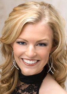 Blonde beauty Erica Gelhaus smiles as Miss America Ohio 2010