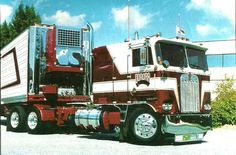 KW COE and matching Reefer Trailer