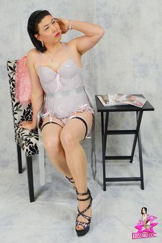 krissy4u-gray-corset-001.jpg (1200×1800)