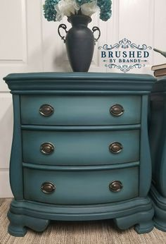 Bombay style night stands finished with Dixie belle paint in caviar, peacock, evergreen, mermaid tail, bunker hill blue … – metal of life Vintage Industrial Furniture, Distressed Furniture, Refurbished Furniture, Farmhouse Furniture, Repurposed Furniture, Rustic Furniture, Furniture Makeover, Outdoor Furniture, Antique Furniture Restoration